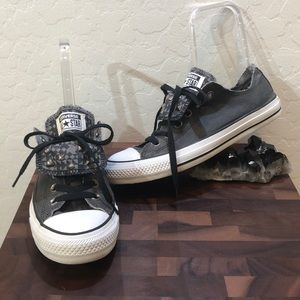 Converse Chuck Taylor All Star Sneakers Size 8